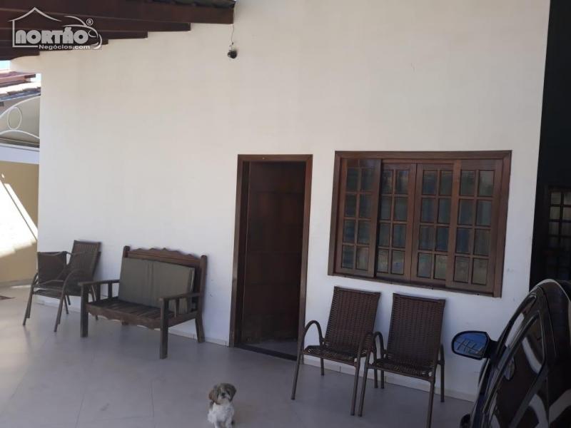 Casa a venda no PARQUE DAS ARARAS em Sinop/MT
