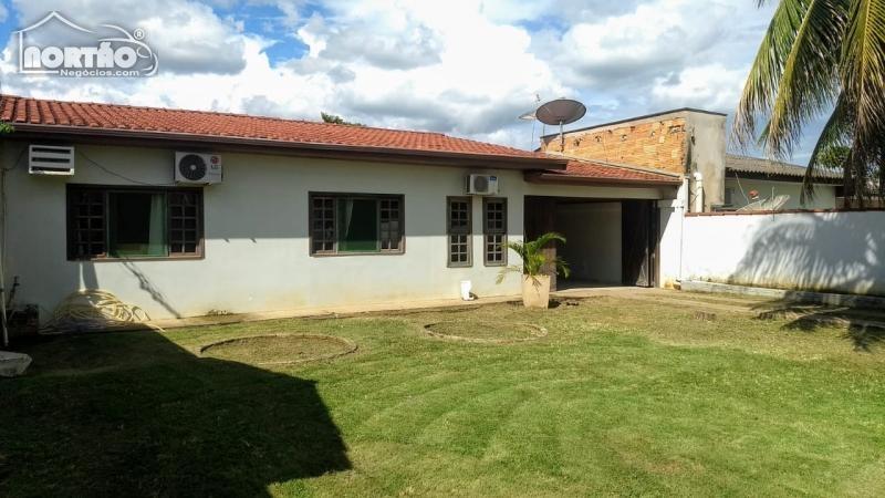 Casa a venda no JACARANDÁS em Sinop/MT