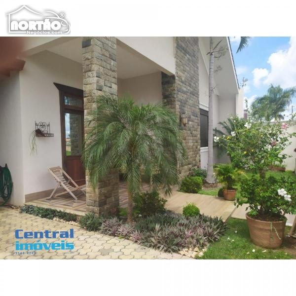 CASA a venda no PARQUE DAS ARARAS em Sorriso/MT