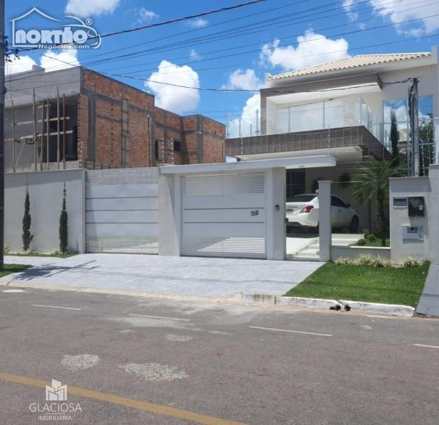 SOBRADO A VENDA NO RESIDENCIAL AQUARELA BRASIL EM SINOP/MT