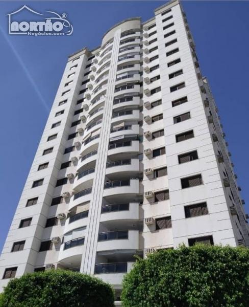 Apartamento a venda no BOSQUE DA SAÚDE em Cuiabá/MT
